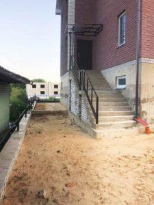 Дом с монолитным фундаментом под цоколь