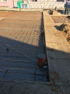 Строительство коттеджа - фундамент ленточный фото